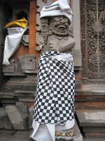 Bali Statue with sarong http://o-culturesandtales.blogspot.com/2008/08/traditional-textile-art-natural-dyers.html