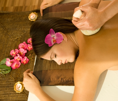 Rejuvenating spa massage