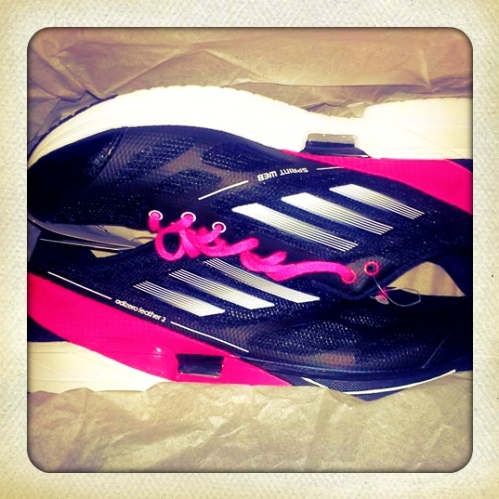 Adidas adizero feather 2 w in black with pink laces.